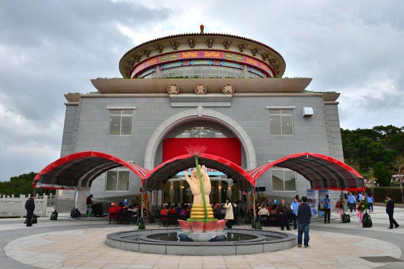 淡水聖賢祠新納骨塔2014年底啟用。圖 / 新北市民政局提供