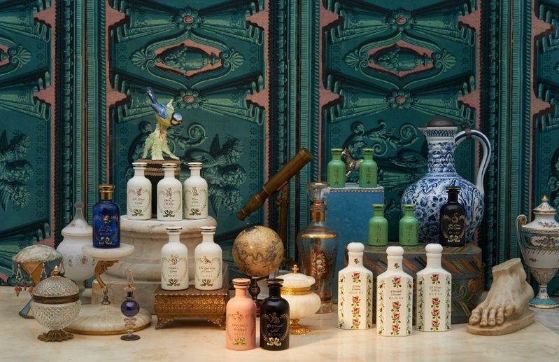 GUCCI煉金士花園系列推出全新兩款藝術香氛,分別為「夜徘迴」和「仙之頌」,在氣味上充分展現其主香調煙燻與緬梔花所激發的魅力。圖/GUCCI提供