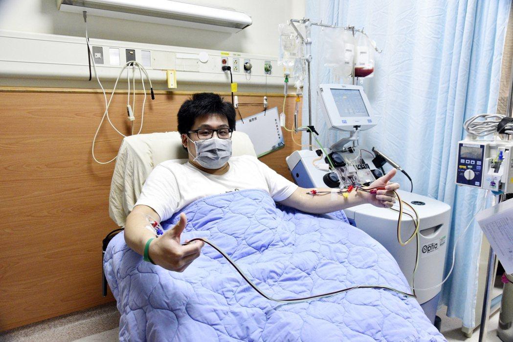 新北市34歲小羽17年前參與骨髓驗血建檔,日前配對成功並至嘉義縣大林慈濟醫院完成...