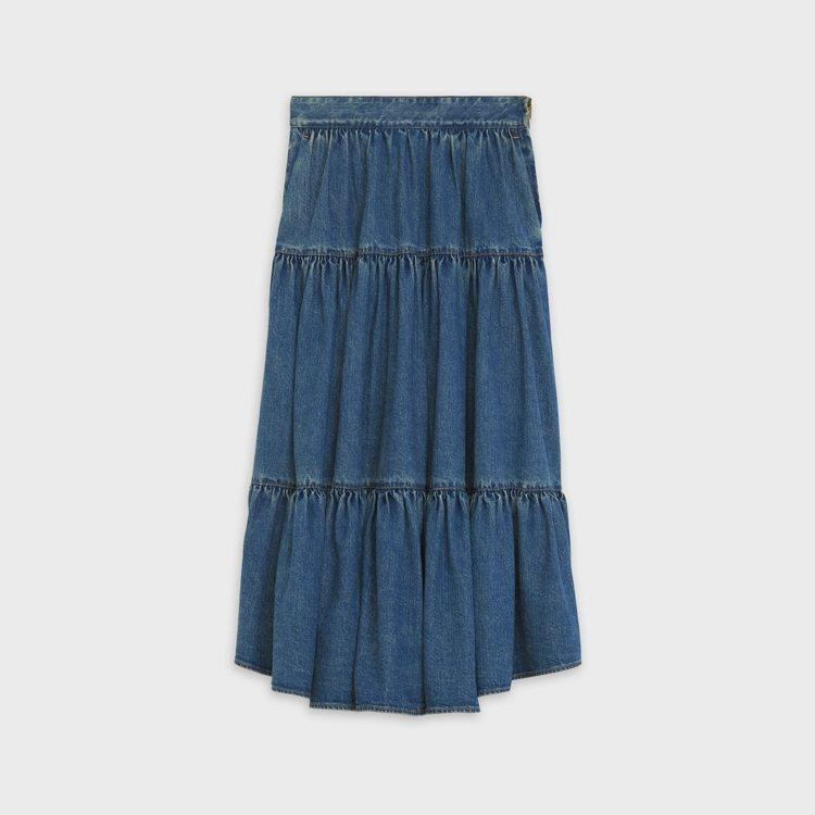 水洗藍薄牛仔裙,28,500元。圖/CELINE BY HEDI SLIMANE...