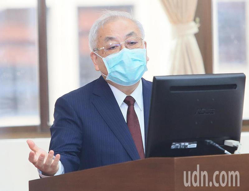 主計長朱澤民今天在立法院表示,政府最終會負起勞保給付的責任。記者潘俊宏/攝影