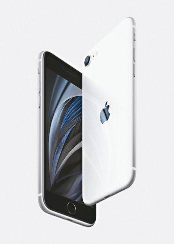 華爾街投資銀行Cowen預測,蘋果平價新機iPhone SE撐場,第2季將占iPhone產品線逾七成比重。(美聯社)