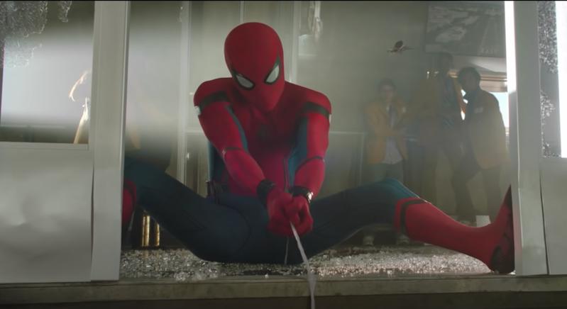 玻利維亞3位男孩以為被蜘蛛咬傷就能獲得電影「蜘蛛人」主角的能力。圖擷自Youtube