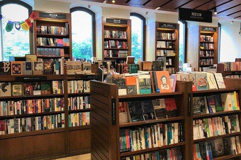 敦南誠品歇業,不只是一間書店的結束,而是一個時代的結束。 圖/李惠貞攝影