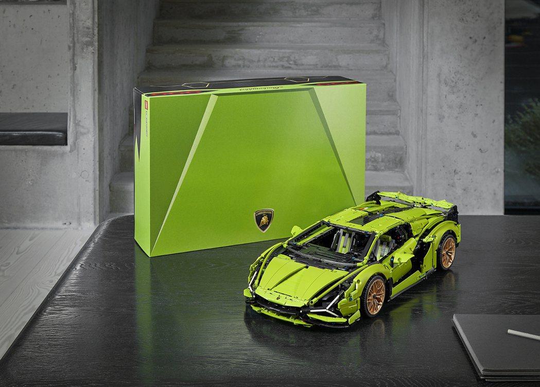 LEGO® Technic Lamborghini Sián FKP 37 (...