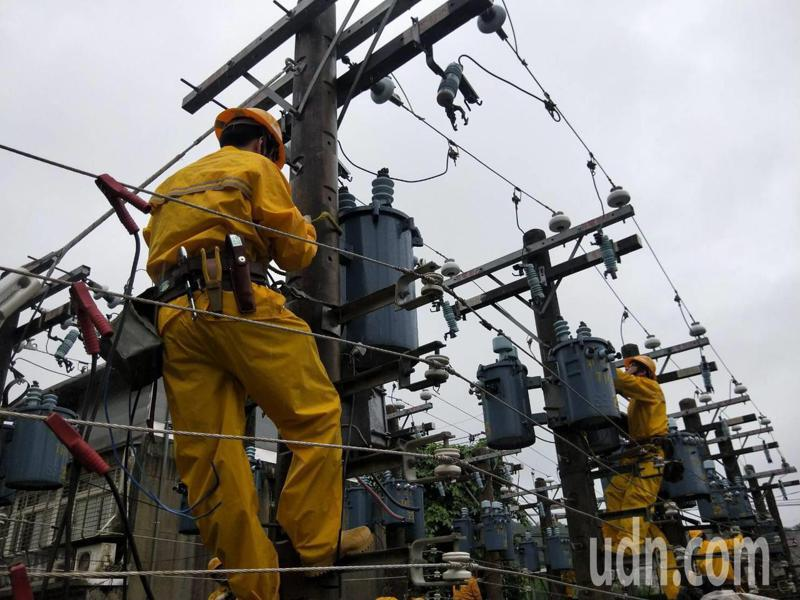 北台最大配電訓練場啟用,提升基隆北海岸供電品質。記者游明煌/攝影