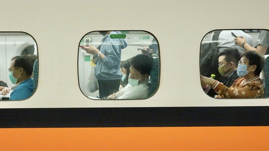 台灣高鐵端午賣不賣自由座引發討論。報系資料照