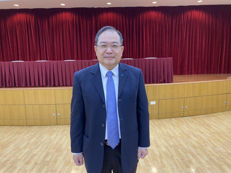晶電股東常會,總經理范進雍報告營運概況。記者李孟珊/攝影