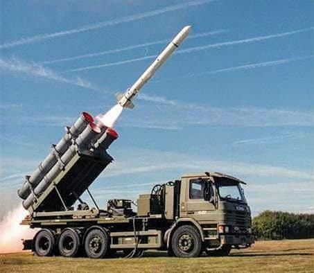 國防部決定對美採購岸置機動魚叉飛彈系統,未來與海軍海鋒大隊的雄二、雄三反艦飛彈共...