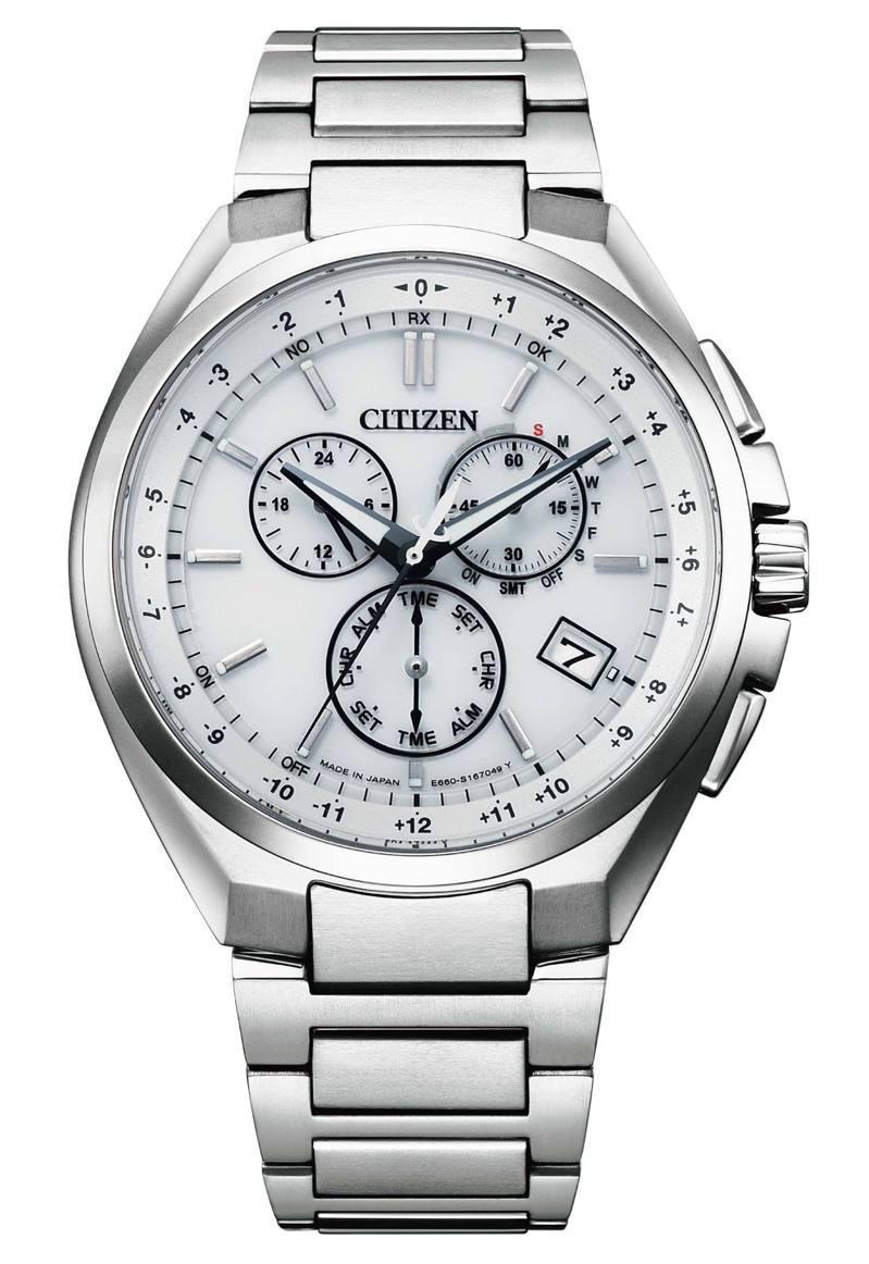 CB5040-80A腕表,鈦金屬表殼、表鍊33,800元。圖/CITIZEN提供