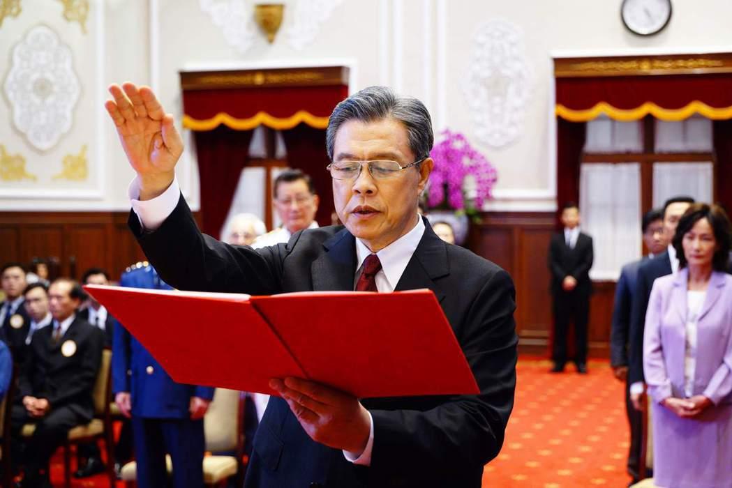 楊烈於劇中飾演總統黎清波。圖/公視提供