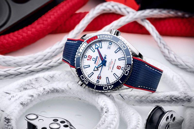 歐米茄宣布將擔任第36屆的美洲盃帆船賽官方指定計時,同時推出了限量聯名腕表。圖/OMEGA提供。
