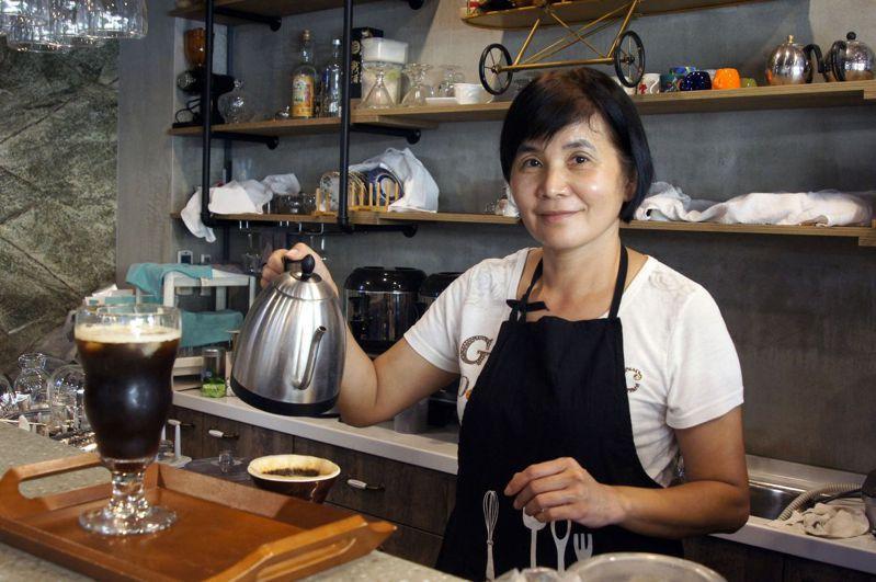 黃麗枝打造有溫度的民宿「71cafe」。記者林保光/攝影