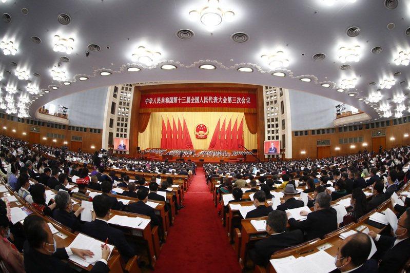 中國不設GDP增長目標,「中國夢」面臨巨大挑戰。 中國新聞社