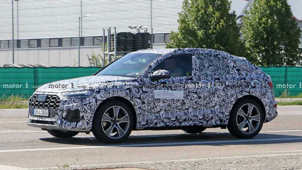 全新Audi Q5 Sportback是品牌第四款跑旅 (若純電e-tron S...