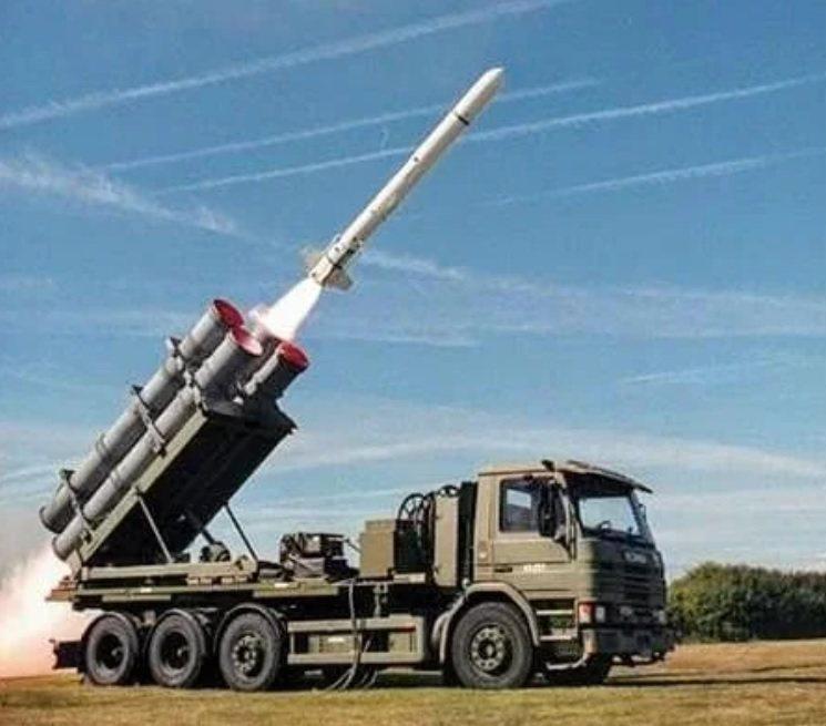 台灣已向美方求購岸置魚叉飛彈系統,全案若順利,新彈系統可於112年返台服役,編制在海軍海鋒大隊。 圖/取自Boeing Defence推特