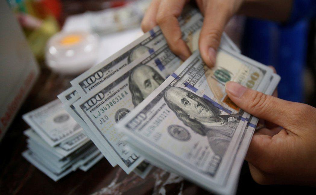 美國企業從今年到28日為止已發債超過1兆美元。  路透