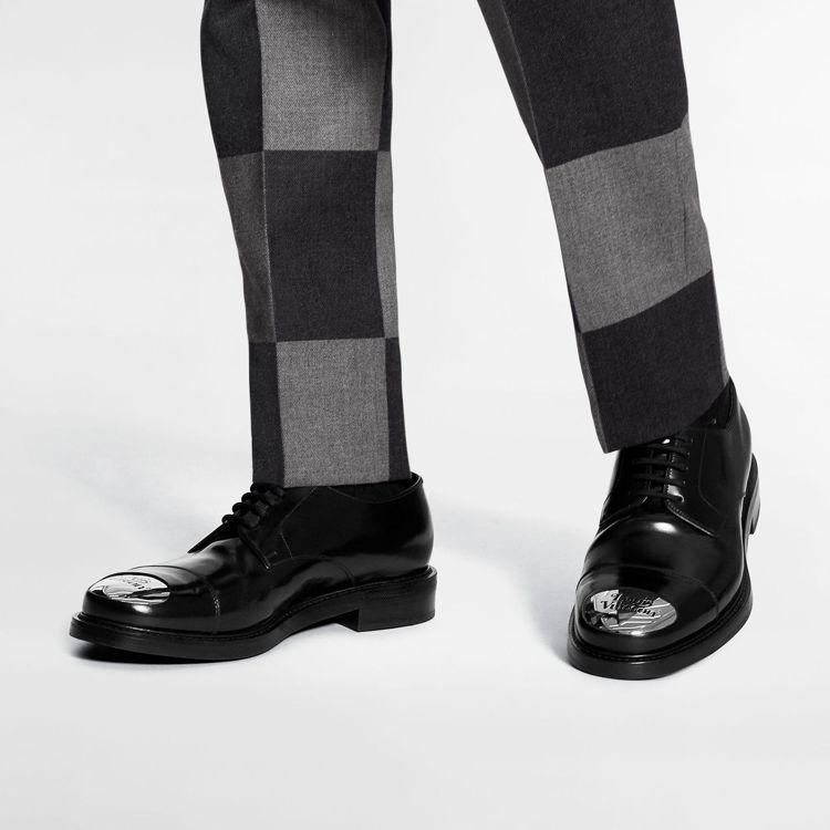 德比鞋,44,500元。圖/LV提供