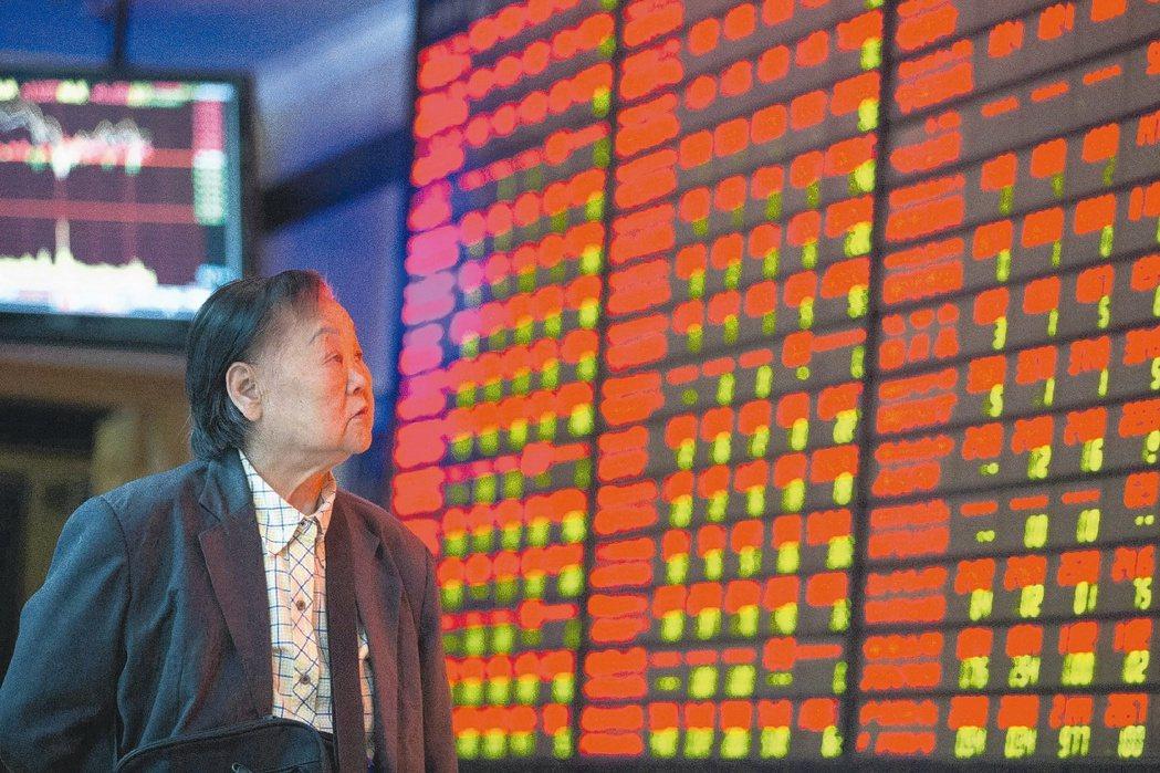 法人表示,陸市場消費、零售、內需、金融等板塊可望持續吸金。新華社
