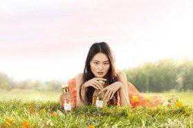 夏季到!香水也要換季 嬌蘭花草水語2瓶新香清爽迷人