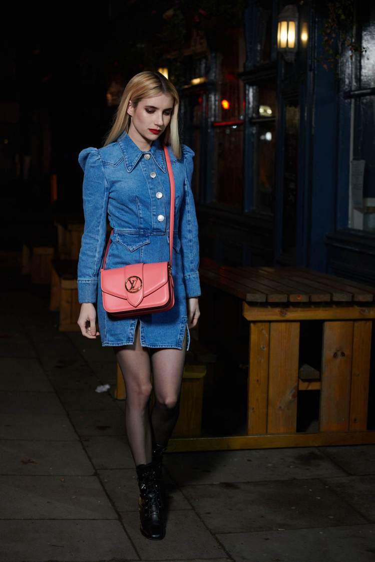 艾瑪羅伯茲(Emma Roberts)將LV Pont 9玫瑰大理花色搭配得時髦...
