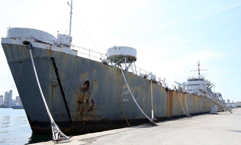 「中海艦」在823砲戰時擊沉兩艘共軍魚雷快艇,是海軍的「功勳艦」,但近日被軍方以廢鐵標售。記者劉學聖/攝影
