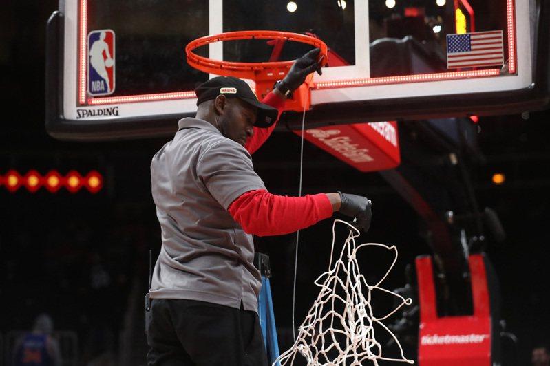 NBA主席席佛已經向董事會提出7月31日為賽事重啟之日。  路透