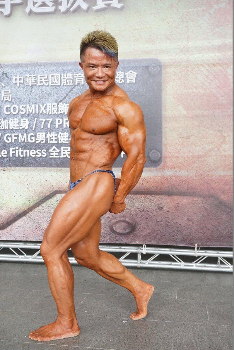 教官級國手吳金龍以從事健身運動近30年。記者劉肇育/攝影