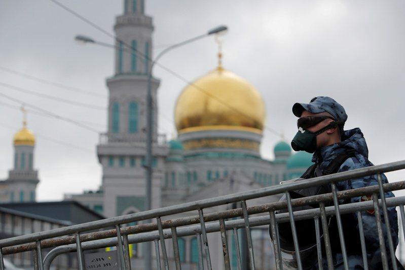 莫斯科上調死亡人數,暴增逾1倍至1561人。 路透社