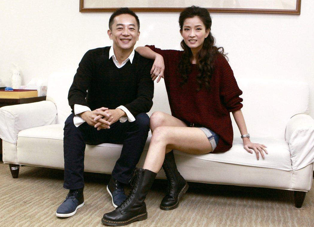 陳昭榮(左)和老搭檔葉全真(右)合力打造直播事業。圖/民視提供