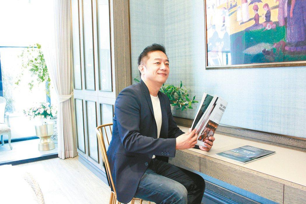 陳昭榮笑稱自己的創業辛酸史,活生生就是一部8點檔。圖/翰成數位直播提供