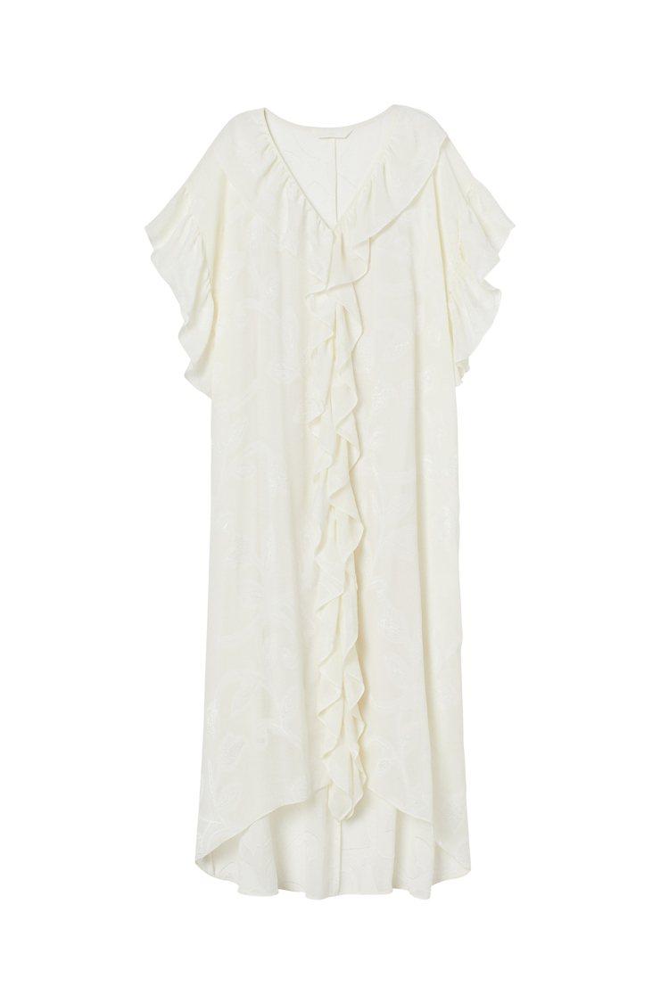 H&M夏季女裝系列長版洋裝699元。圖/H&M提供