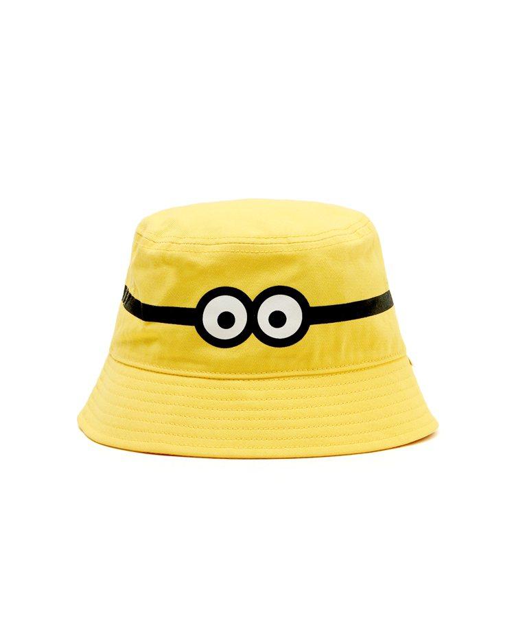 :CHOCOOLATE小小兵聯名系列漁夫帽1,399元。圖/I.T提供