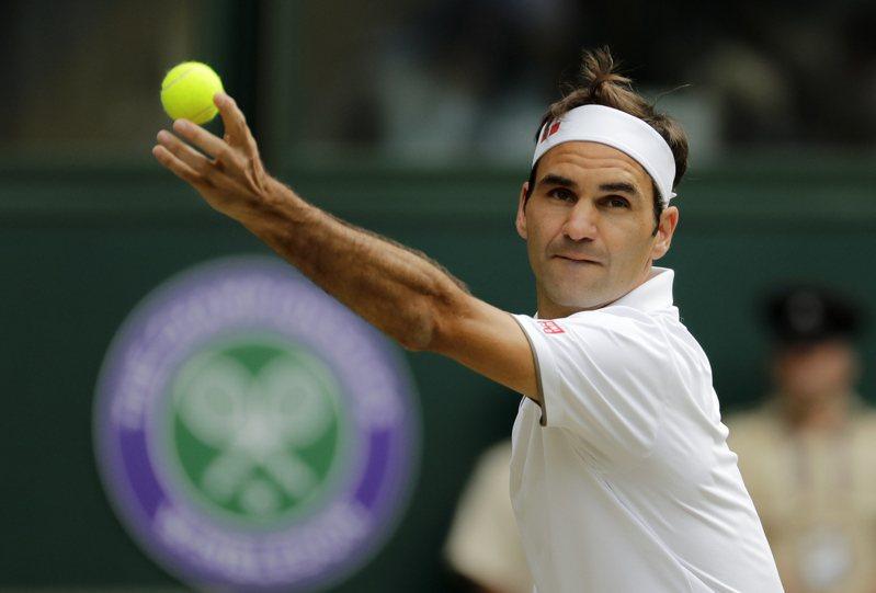 瑞士網球名將費德勒躍居富比士公布體壇收入百大排行榜的首位,並為網壇第一人。美聯社