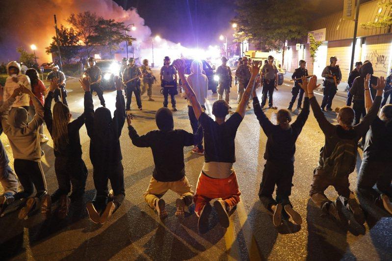 川普提出動用軍隊協助平息明州騷亂。圖/世界日報提供