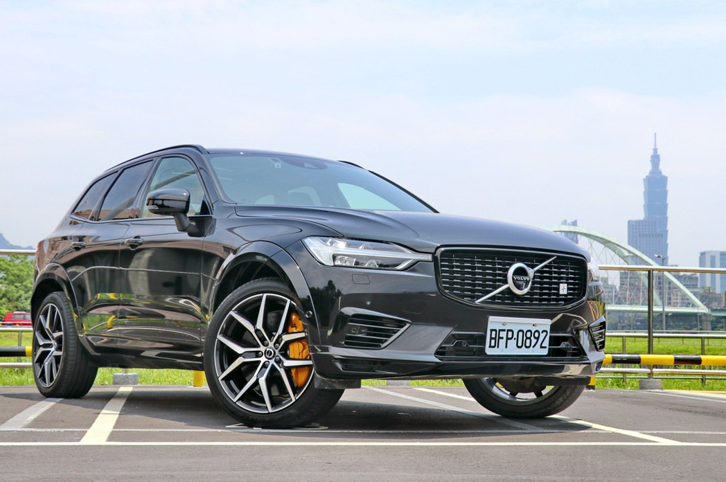VOLVO XC60 T8 Polestar Engineered。 記者陳威任...
