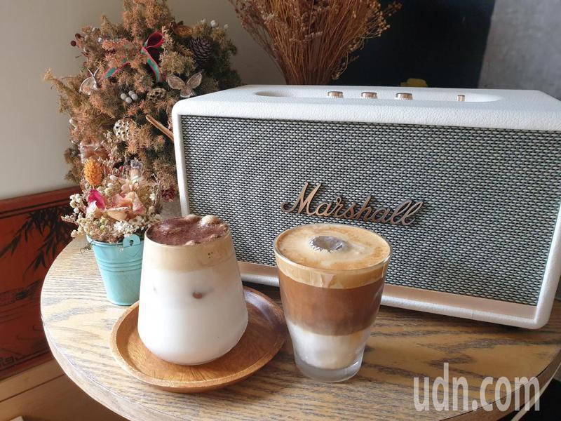 從澳門夯進韓國的「400次咖啡」風靡網路社群,在全球爆紅。記者賴香珊/攝影