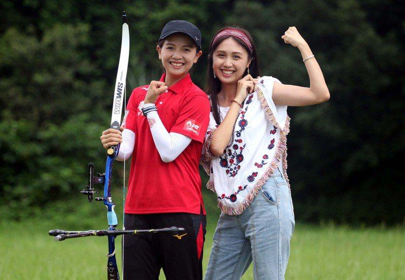 林佳恩(左)的妹妹林佳媛是伊林娛樂旗下模特兒。圖/中華企業射箭聯盟提供