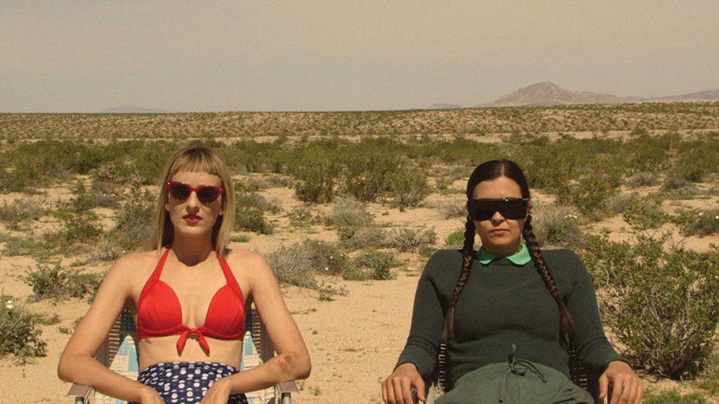 「瑪莎莎蒂」由兩位導演自編自導自演,以低成本獨立製片之姿橫掃多國影展最佳影片。圖