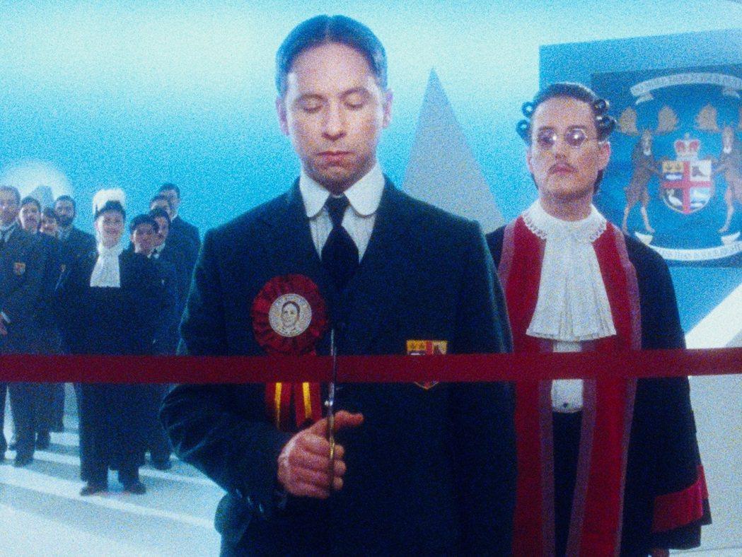 「㊣麥肯齊金總理秘史♂」翻玩加拿大總理真人真事,在多倫多和威尼斯影展接連獲獎。圖...