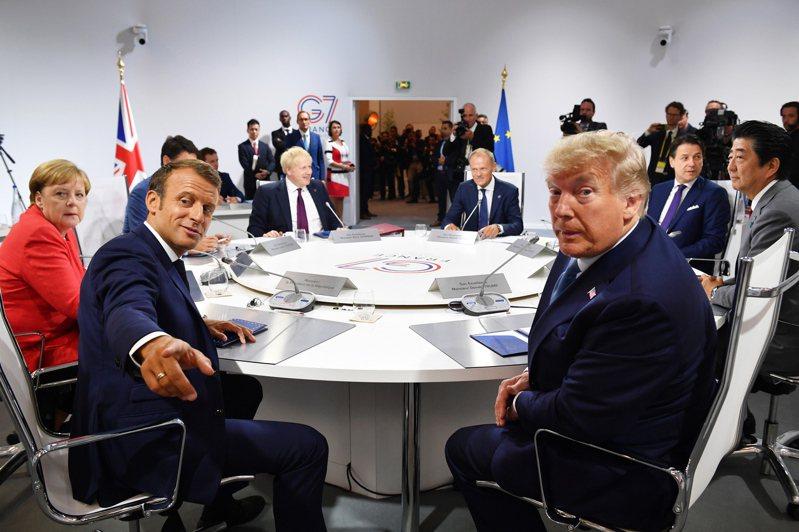 美國總統川普(右)擬邀澳洲、印度、南韓和俄羅斯參加延遲至秋季舉辦的七大工業國集團(G7)峰會。歐新社