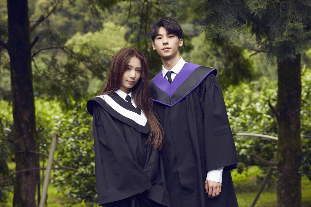 田馥甄(左)與許光漢首次合作。圖/何樂音樂提供