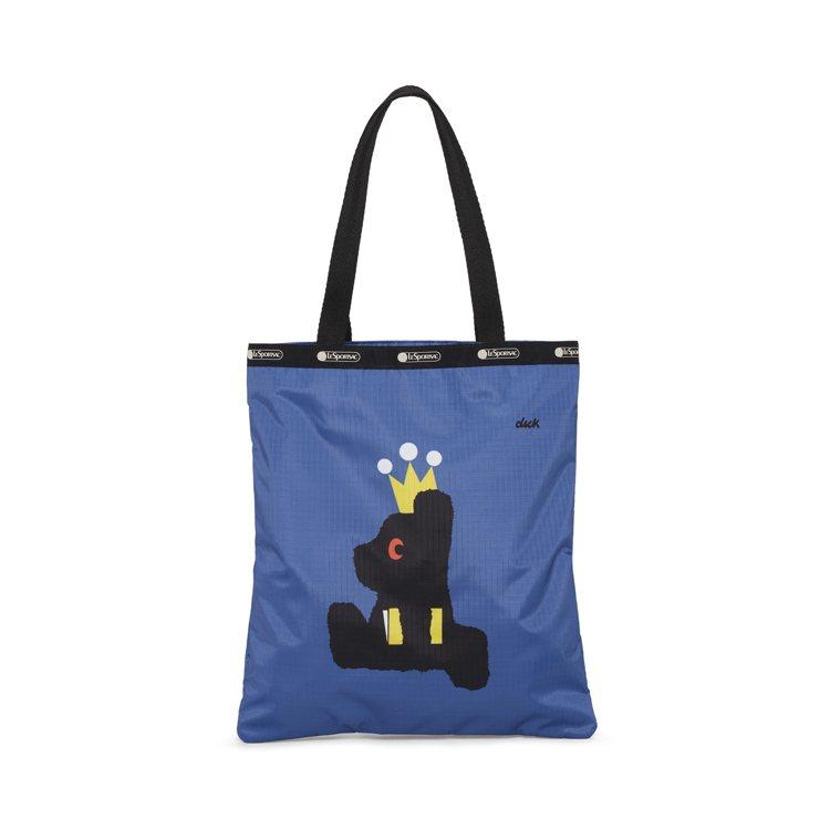 皇冠小黑熊肩背托特包,2,450元。圖/LeSportsac提供