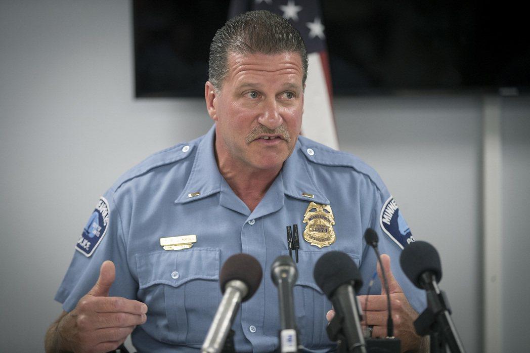 明尼亞波利斯的警察工會主席——克洛,同時也是現役警官。他在1日發出了一份工會內部...