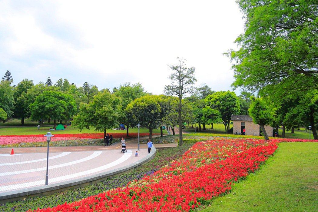 佔地16,000餘坪的埔頂公園享有『北台最美公園』的美稱,吸引民眾平日假日至此休...