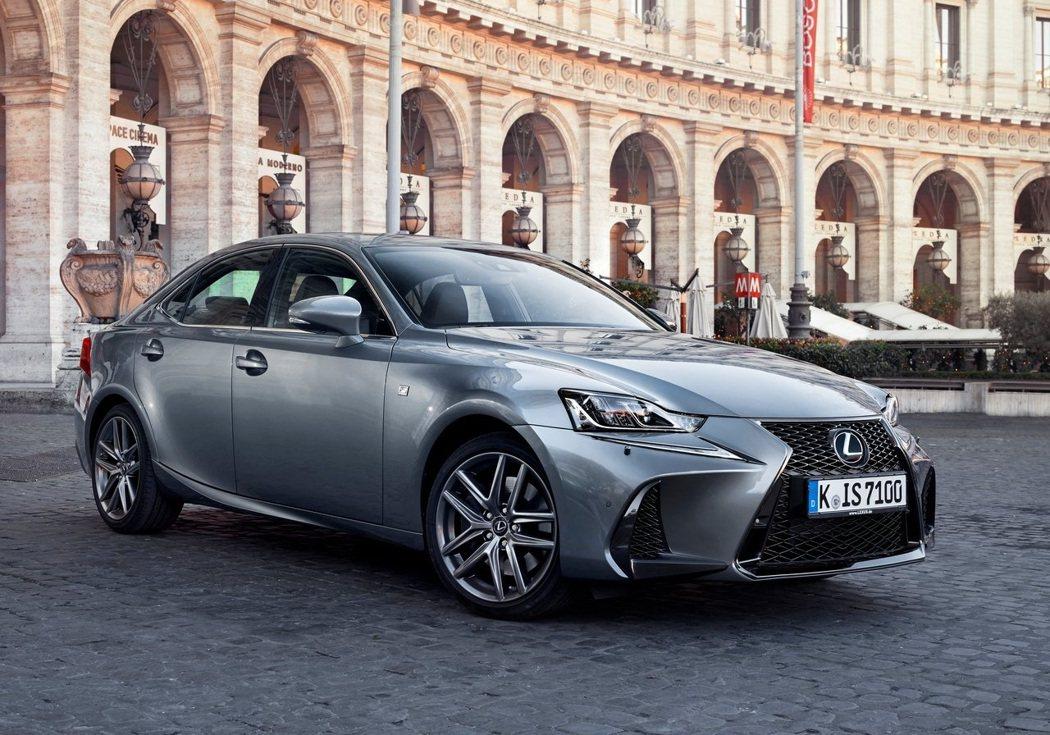 全新Lexus IS 6/10將進行大幅度小改款。 摘自Lexus
