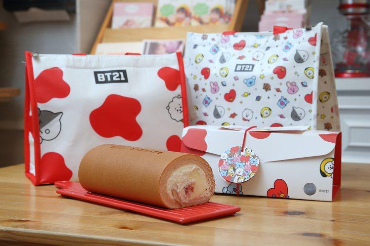 「草莓多多生乳捲」新加入「BT21保冷袋」加購元素,共有繽紛宇宙、乳香等2款。記...