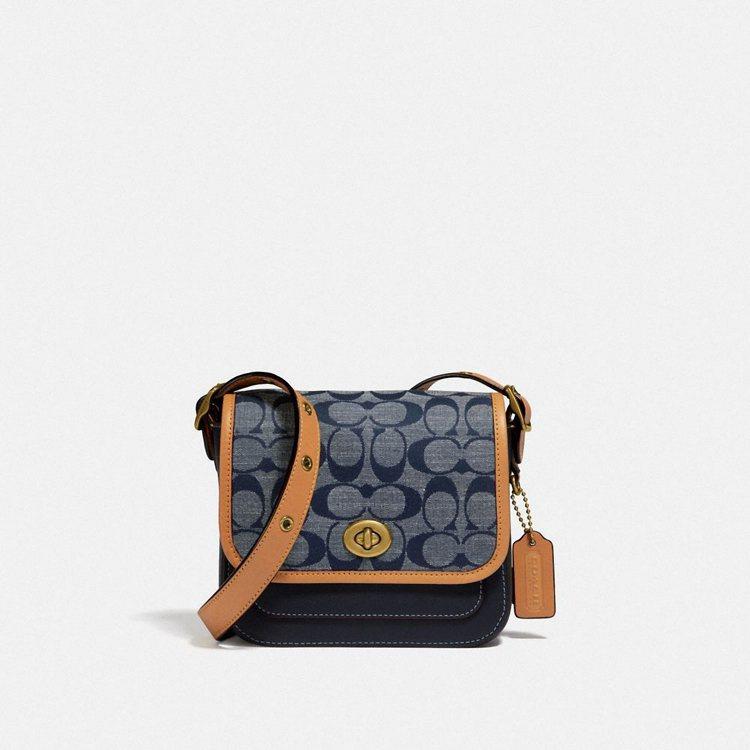 Rambler手袋,14,800元。圖/COACH提供