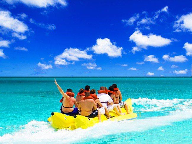 澎湖的海上戲水活動很吸引消費者。 業者提供