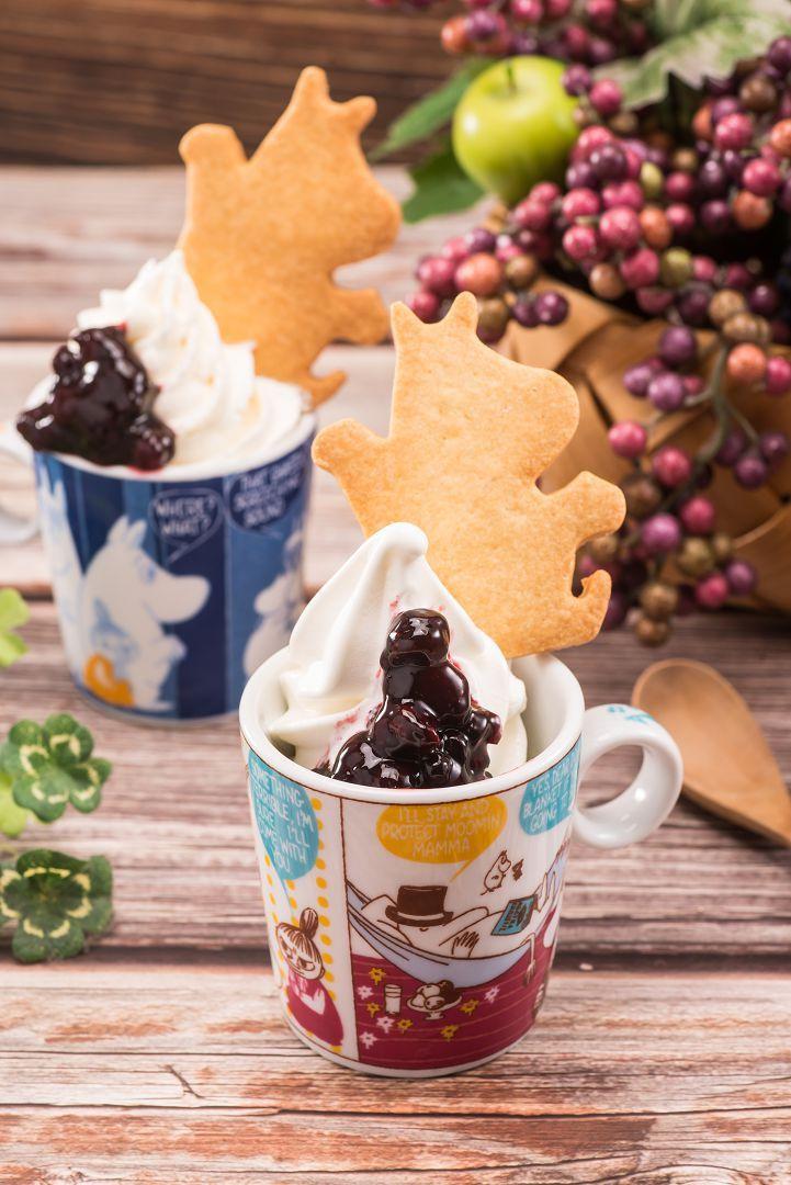 北海道霜淇淋佐季節水果醬,吃完可以直接帶杯子回家,每杯220元。圖/嚕嚕米主題餐...